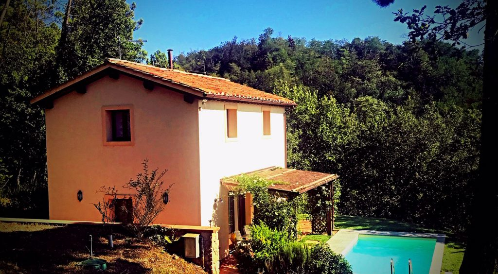 Luxury and charming villas in tuscany